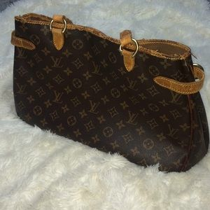 Louis Vuitton batignolles monogram purse bag